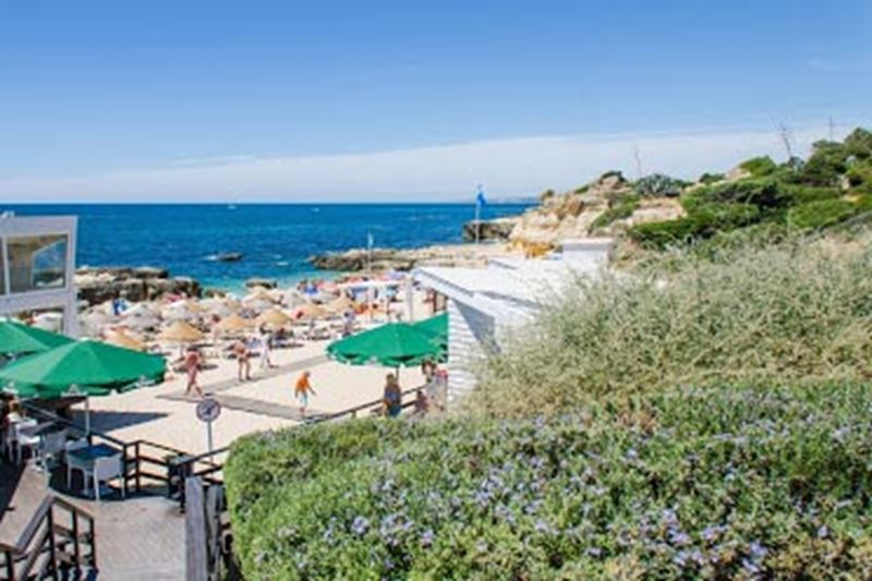 Albufeira Luxury Holiday Accommodation Near to Praia do Evaristo Albufeira by Rent a Casa Albufeira Luxury Holiday Accommodation